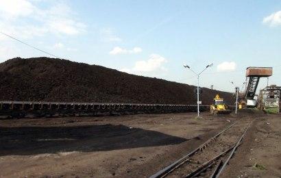 Depozitul de cărbune de la Roșia nu va fi închis! Guvernul a decis să fie folosit până la sfârșitul anului