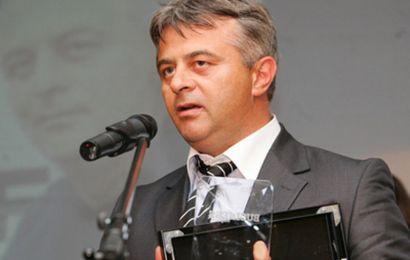 Boza, al 5-lea director al CRE