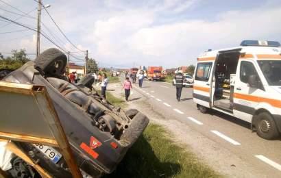 Circulatie blocata la Telesti dupa un accident de circulatie. Un pieton, in stare grava