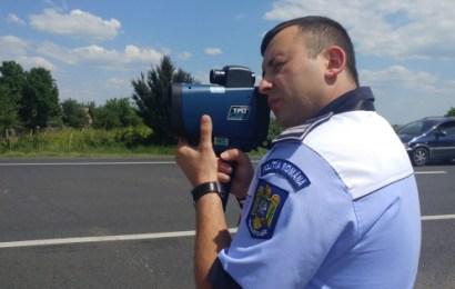 Pistol-radar pentru polițiștii din Gorj. Circula cu 182 de km/oră!