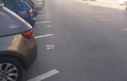 Locuri de parcare cu plată, transformate în parcare de reședință