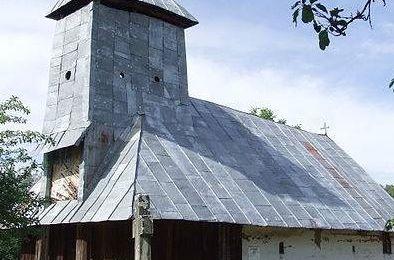 CJ Gorj oferă bani pentru trei biserici din județ