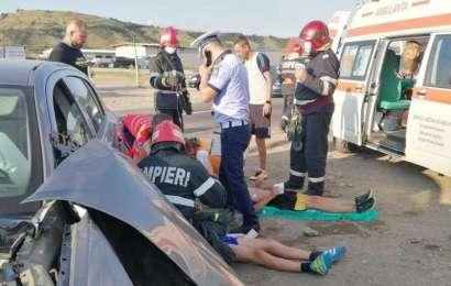 Cinci copii implicați într-un accident rutier