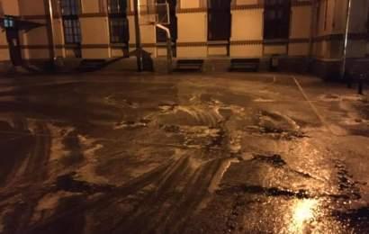 Curțile școlilor din Târgu Jiu, igienizate zi de zi