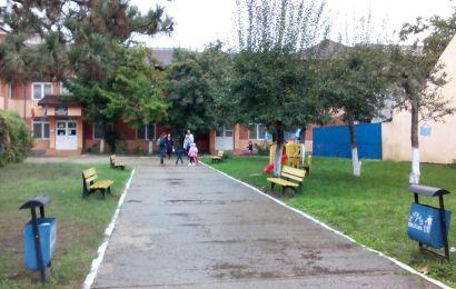 Se fac angajări la o grădiniță din Târgu Jiu