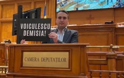 Un deputat gorjean cere demisia Ministrului Sănătății