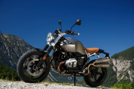 P90227641_highRes_the-new-bmw-r-ninet-