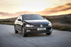 volkswagen-polo_-driving-002_1800x1800