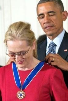 meryl-streep-obama-medal