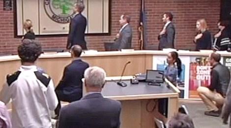 Michigan city council kneel national anthem
