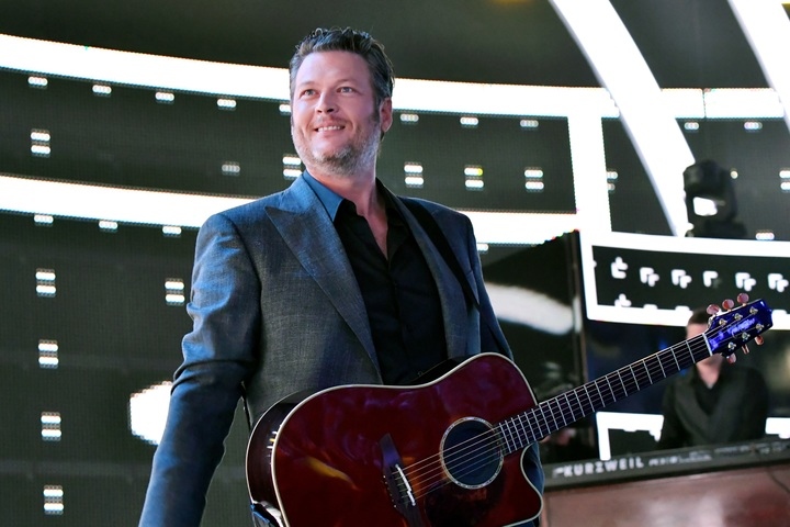 Country Star Blake Shelton Named 'People' Magazine's 'Sexiest Man Alive'