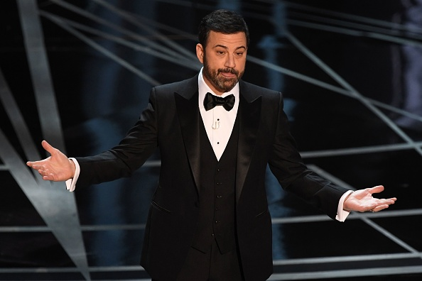 Kimmel jokes about Oscars envelope issues