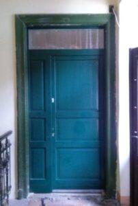 Madárhegy fa bejárati ajtócsere