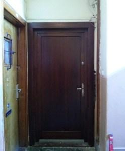 Népsziget fa bejárati ajtócsere