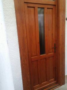 Székesdűlő fa bejárati ajtócsere
