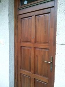 Széphalom fa bejárati ajtócsere