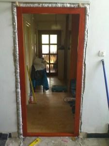 Hármashatár-hegy fa bejárati ajtócsere