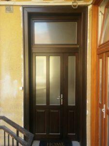 Istvánmező fa bejárati ajtócsere