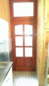 Kőbánya-Kertváros fa bejárati ajtócsere