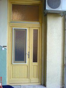 Egyedi fa bejárati ajtó készítés