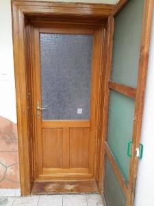 Sasad fa bejárati ajtócsere