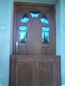 Soroksár-Újtelep fa bejárati ajtócsere