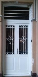 Szent Lőrinc-lakótelep fa bejárati ajtócsere