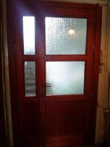 Gyárdűlő fa bejárati ajtócsere