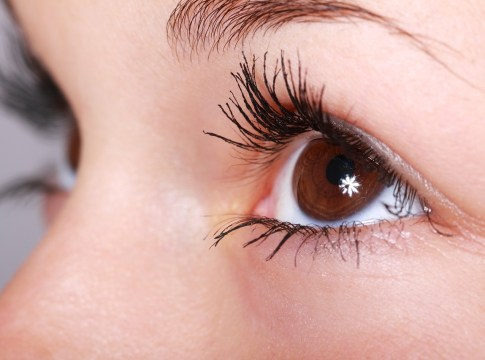 6 Ways to Take Care of Your Delicate Eyelashes