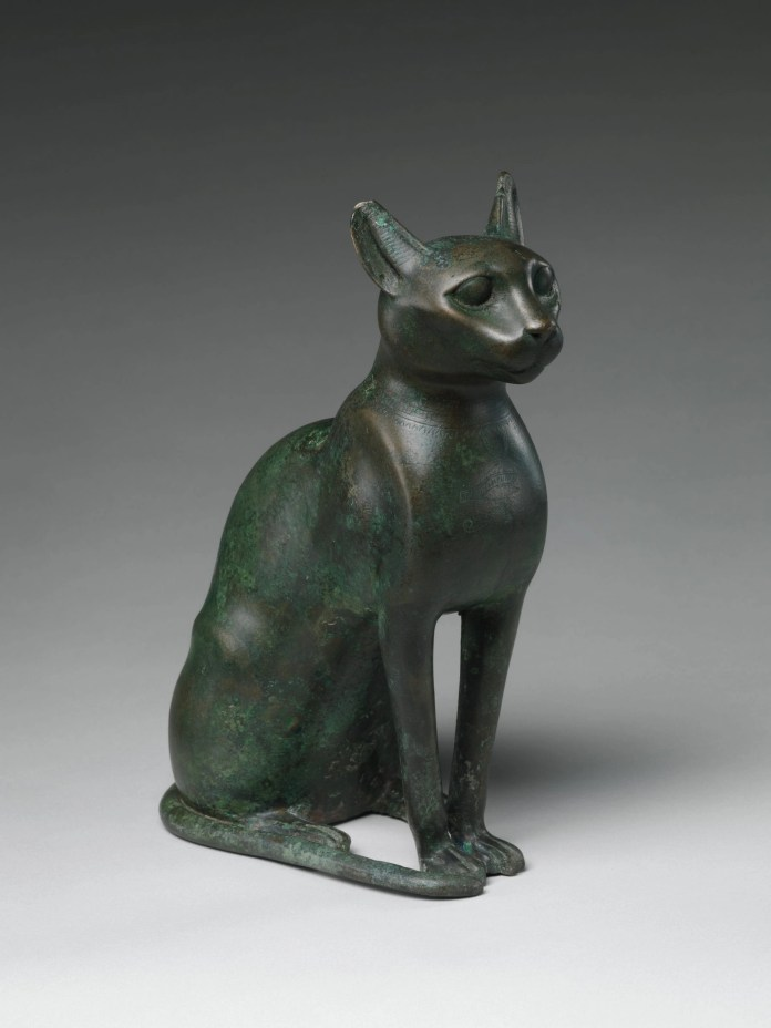Statue containing mummified cat at Metropolitan