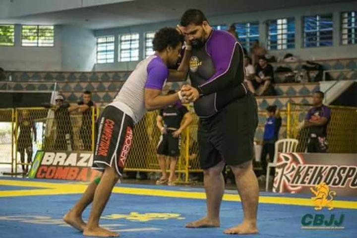How Training With Heavyweights Will Benefit Your Jiu-Jitsu