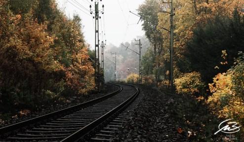 Höst, järnväg, höstträd, höstfärger
