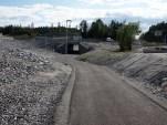 Maurtuveien stenges for all biltrafikk. Gående, syklende og hesteryttere kan passere anleggsområdet via kulverten som Jernbaneverket har etablert. (foto: Sven Brun)