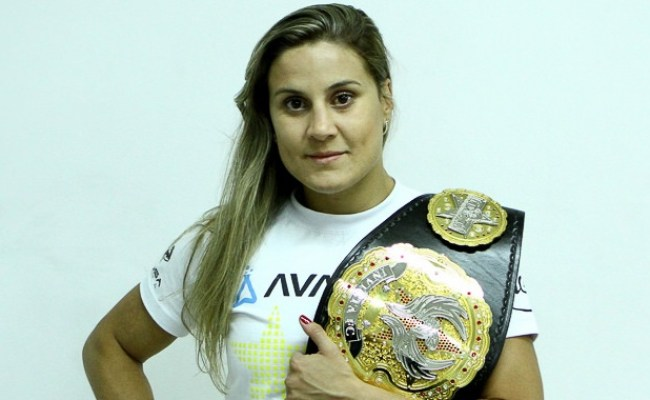 Invicta Flyweight Champ Jennifer Maia Isn T Afraid Of