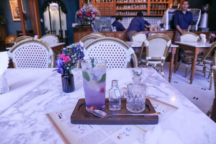 バンコク1のインスタ映え&かわいいカフェ、フェザーストーン!
