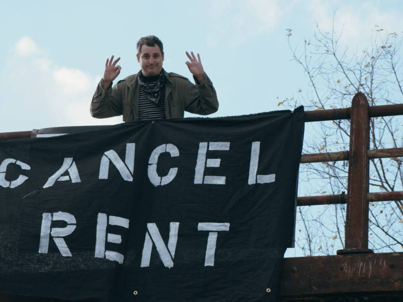 Jeff Seal with a 'cancel rent' sign from earlier in the pandemic, when many New Yorkers were unable to pay rent. Photo: Supplied.