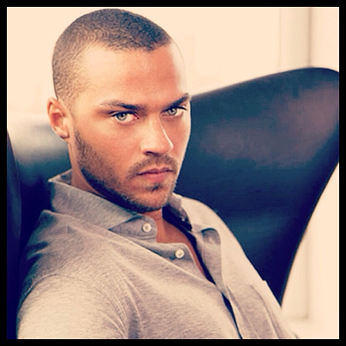 Jesse_Williams_black with blue eyes