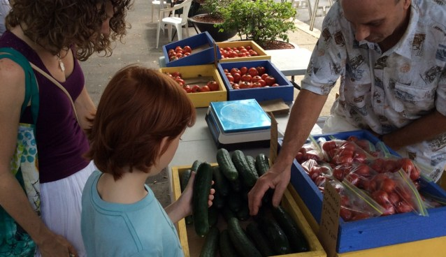 buying some locally grown produce puerto rico