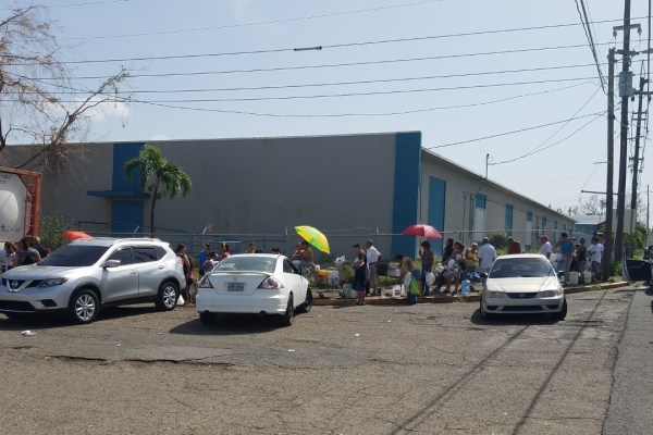 line for water after hurricane maria