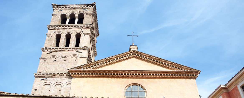 San Giorgio in Velabro Dettaglio allestimenti vista esterna