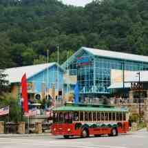 Gatlinburg Trolley to Pigeon Forge Tennessee