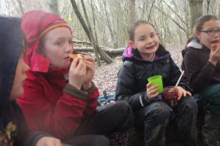Forest School - Cooking (6)