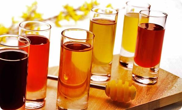 Honey Syrup Bees Making