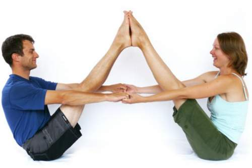 7 Easy Yoga Poses For Two People Challenge Partner Friends And Lovers