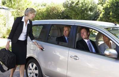 Carpooling- Side Jobs to Help You Make an Extra $500 This Month