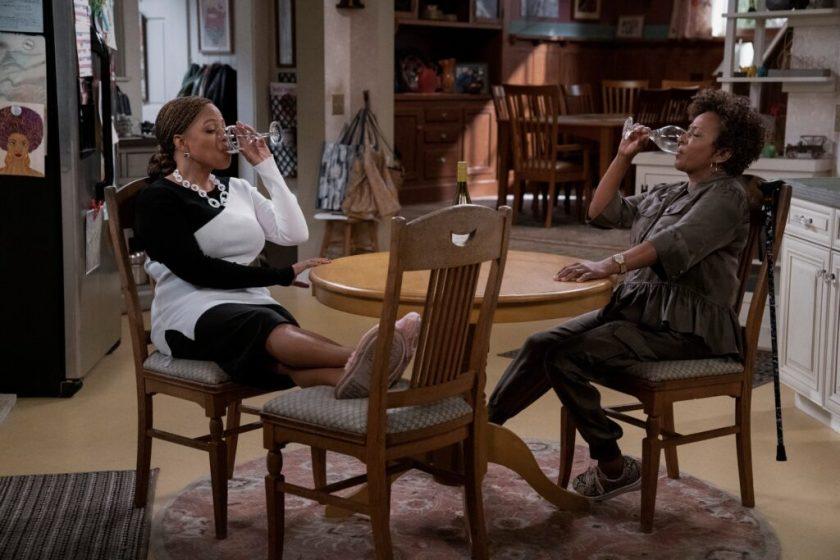 First Look: Mike Epps & Wanda Sykes Netflix Sitcom 'The Upshaws'