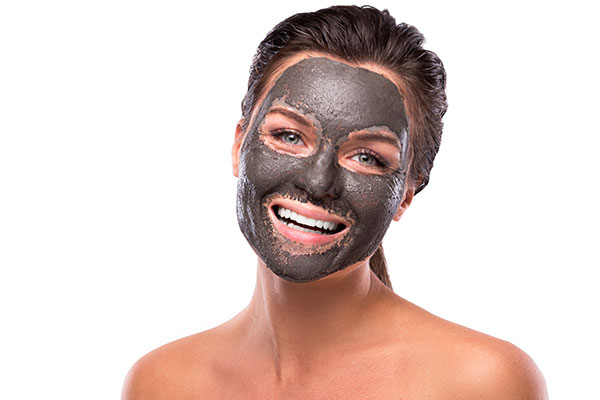 Blackhead removal home with electronic facial cleansing masks