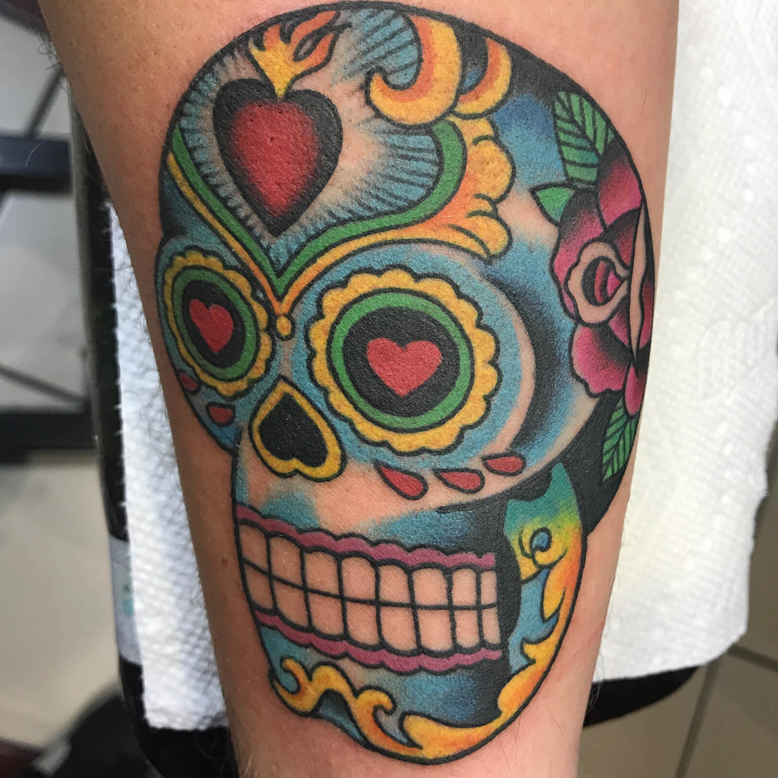 Cody-Miller-black-heart-tattoo-7