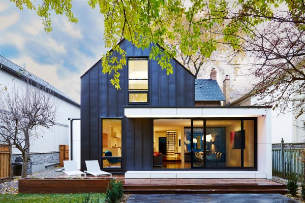 Blacklab Architects . Toronto Modern Architecture Sunnylea Residence