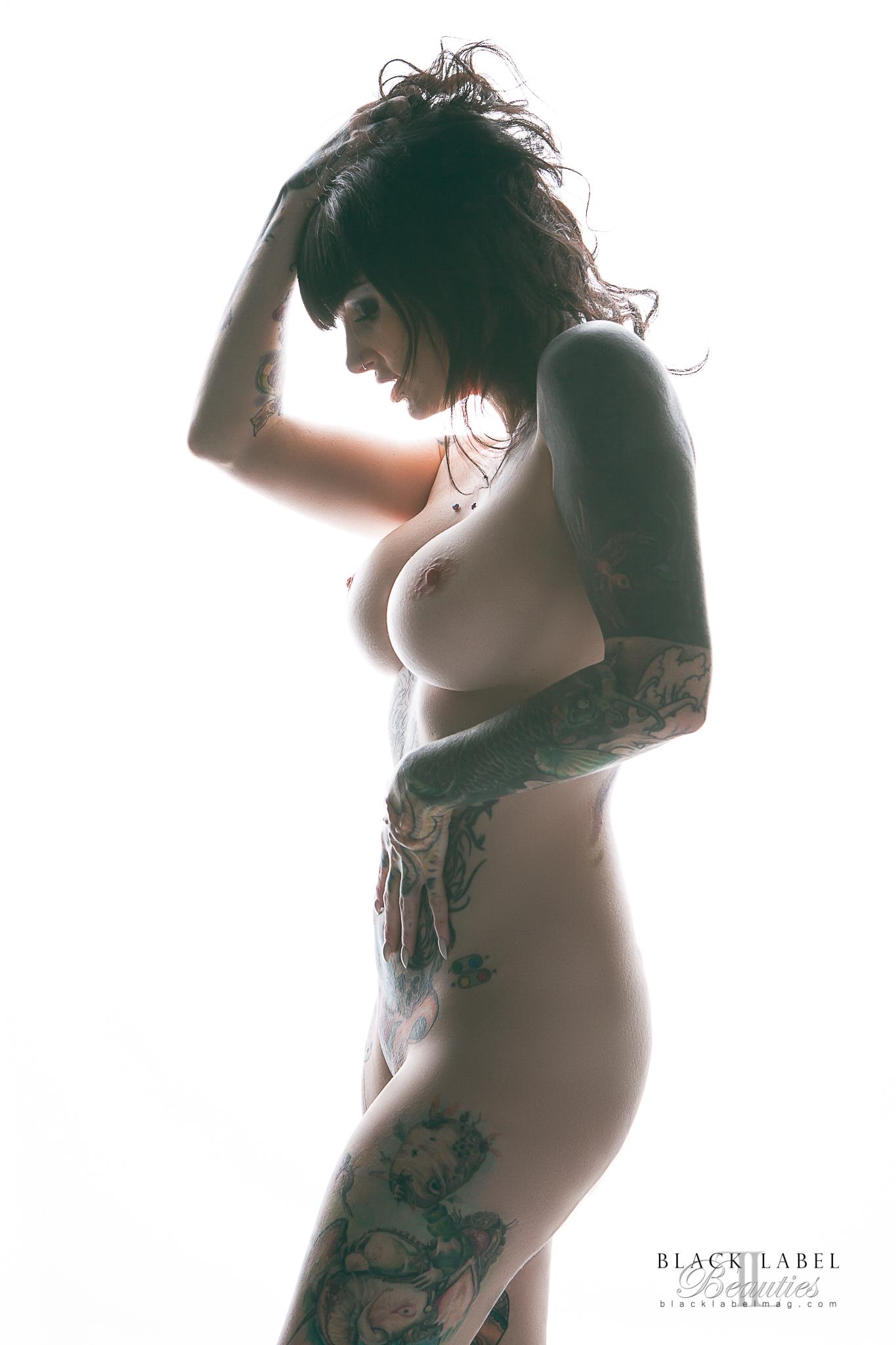 big tits, inked girls, nude inked women, naked tattoed girls, black label magazine